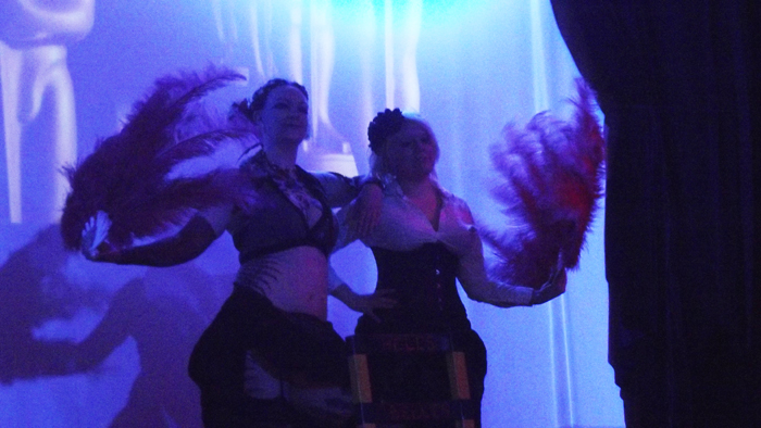 Resonanzwerk Oberhausen : Burlesque : Lady Kitty´s Hell´s Belles